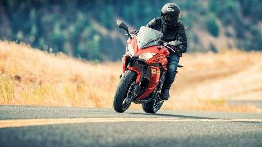 Kawasaki показав новий стритбайк 2017 Ninja 650