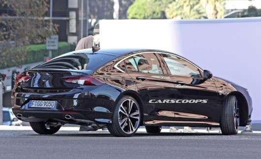 2017 Opel Insignia, перші фотографії без камуфляжу