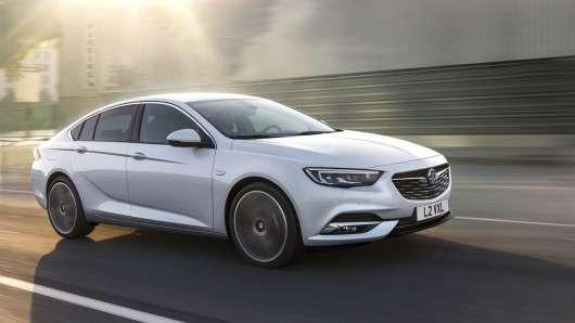 Перші офіційні фотографії 2017 Opel Insignia Grand Sport [Технічні характеристики]