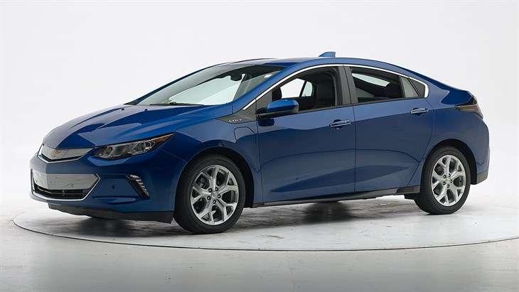 Краш-тест 2017 Chevrolet Volt