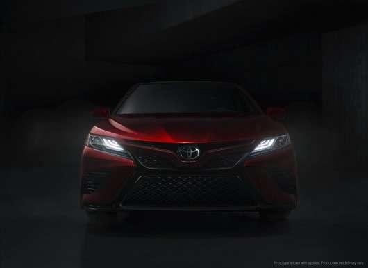 2018 Toyota Camry: Зустрічайте