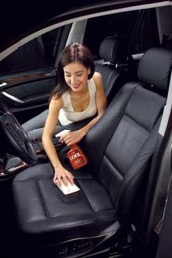 Як правильно чистити шкіряні автомобільні крісла