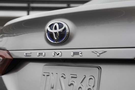 2018 Toyota Camry: Деталі конструкції і всі подробиці
