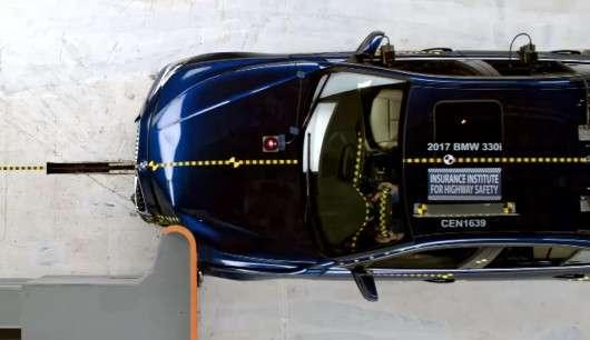 2017 BMW 3 Series отримав нагороду Top Safety Pick+ від IIHS