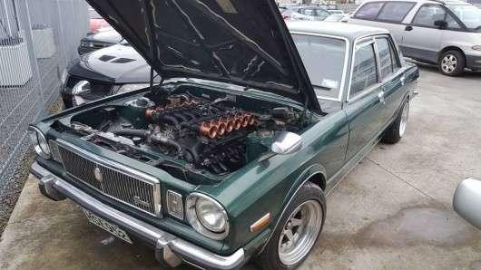 Ось як повинен звучати двигун V12