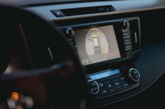 Огляд позашляховика 2017 Toyota RAV4