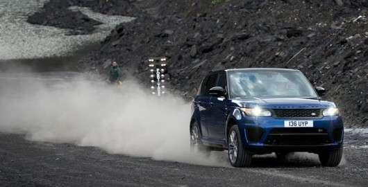 Range Rover Sport показує розгін на різних покриттях [Відео]