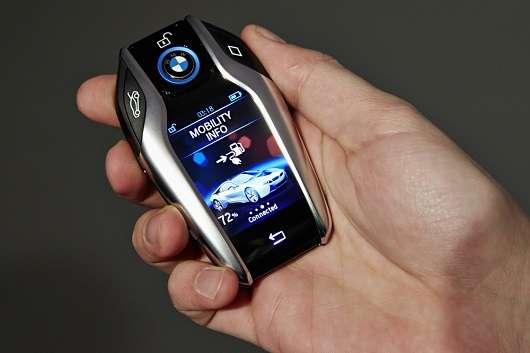 Розряд автомобільного акумулятора: причини і як його уникнути