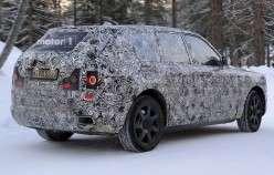 Mercedes X-Class і Rolls-Royce Cullinan проходять випробування дорогою