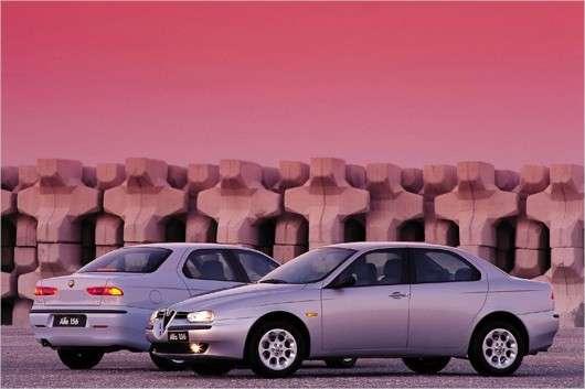 Які моделі автомобілів відзначають в 2017 року день народження
