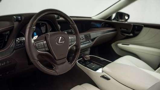 Перша технічна інформація про гібридному 2018 Lexus LS 500h