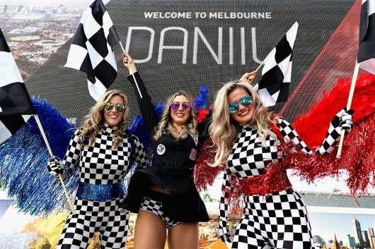 Формула-1: Дівчата на відкритті сезону 2017 року