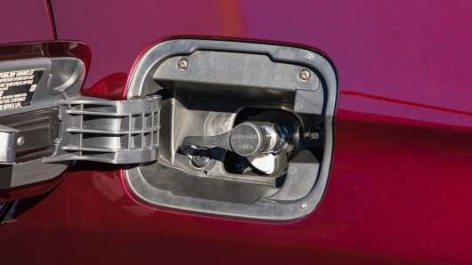Нова Honda Clarity Fuel Cell на водневих паливних елементах: Тест-драйв