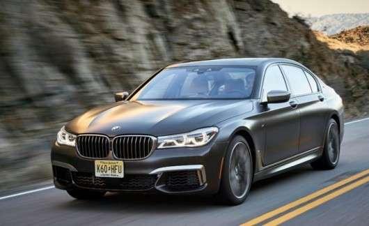 Топ 10 кращих автомобілів для високих водіїв
