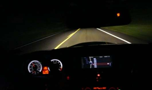 Як покращити своє водіння в темний час доби
