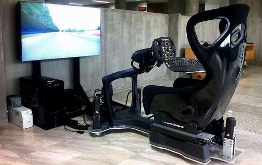Захоплююче відео еволюції автомобільних симуляторів