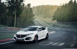 Які спортивні моделі Honda Civic Type R обігнала на Нюрбургринзі?